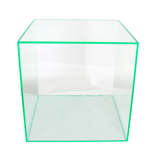 131 - Acrylic cubes (boxes)